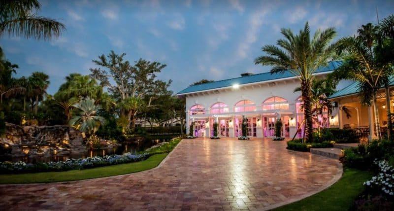 palm trees, fountain, banquet hall