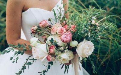 Spring Flower Wedding Table Centerpiece Ideas